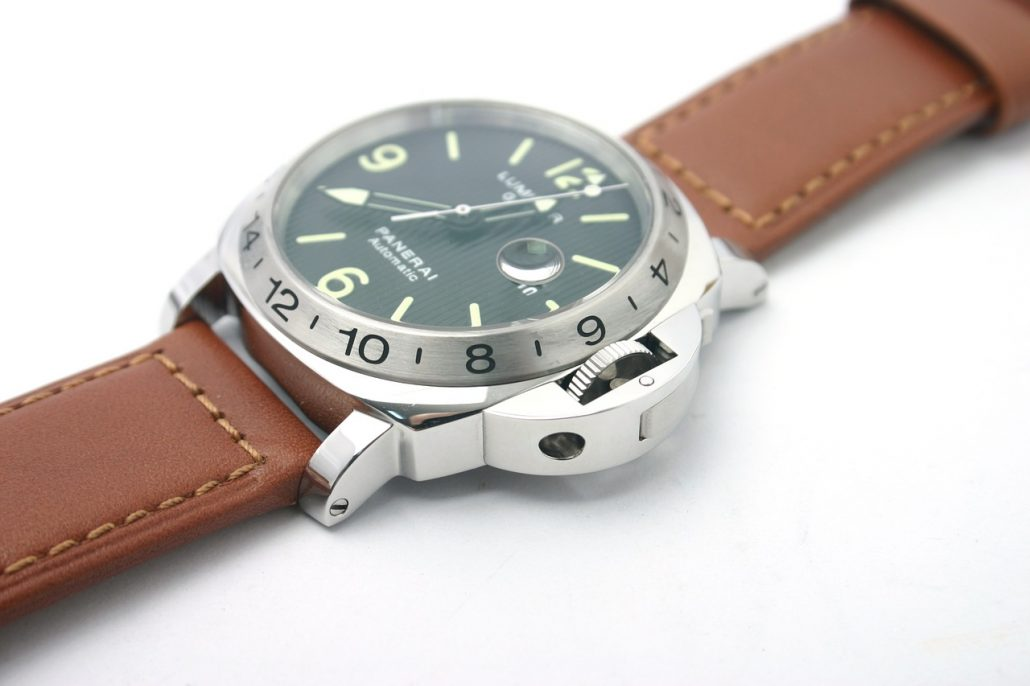 panerai luminor automatic stainless