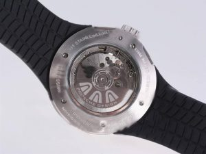 porsche design skeleton caseback with rotor and black rubber strap