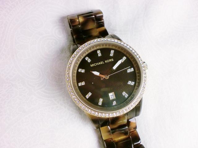 michael kors black abalone dial with diamonds watch