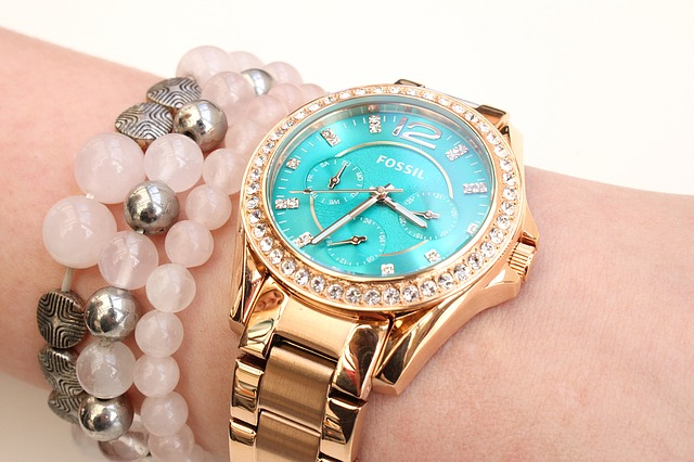 womens blue diamond dial yellow gold fossil watch